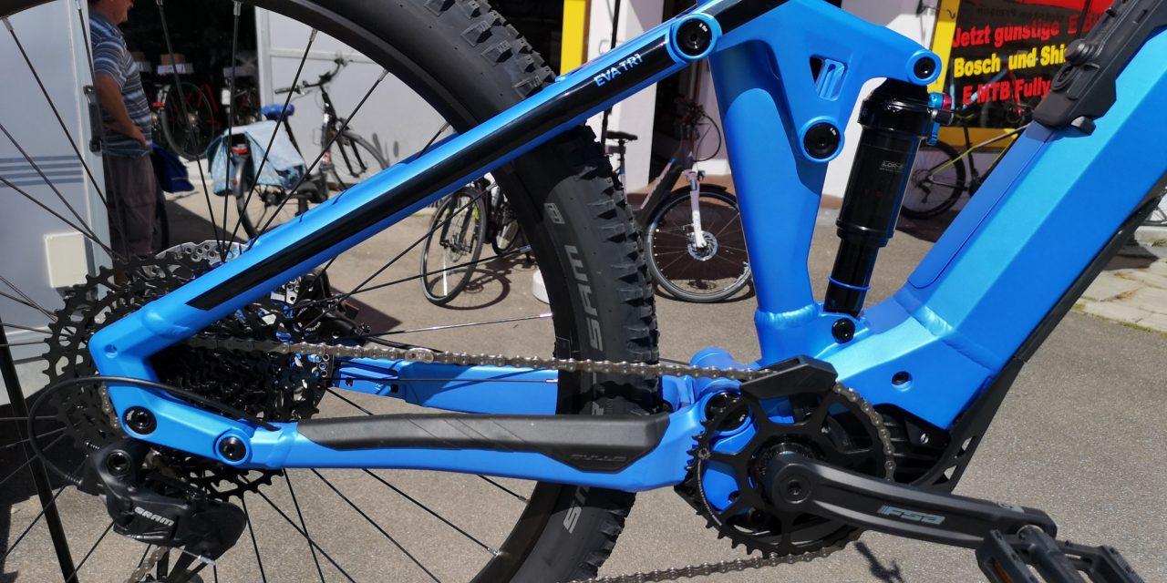 Blaues Bulls E Bike